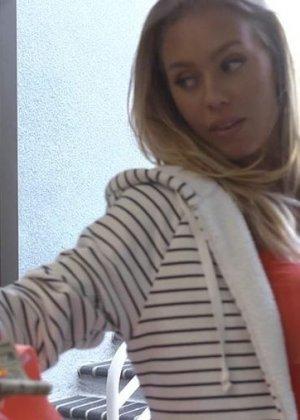 Nicole Aniston - Галерея 3161867 - фото 16
