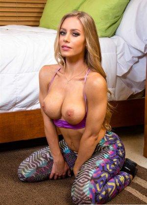 Порно с грудастой Николь Анистон - фото 4
