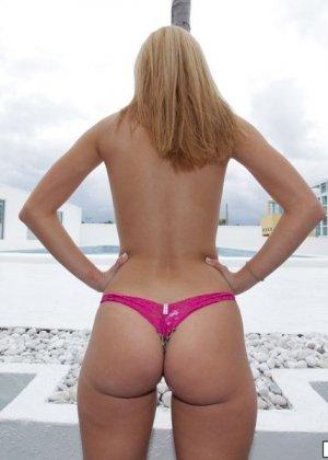 Большая красивая жопа Джесси Роджерс - фото 8