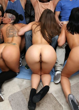Rachel Starr, Jessica Bangkok, Remy Lacroix, Christy Mack - Галерея 3359520 - фото 8