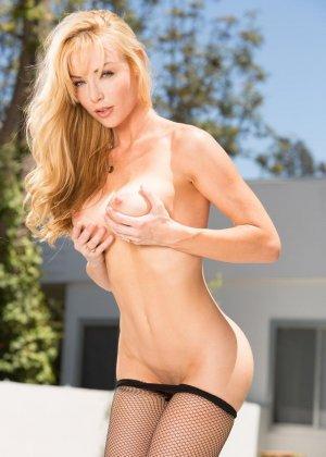 Анальный секс с блондинкой среднего возраста - фото 4