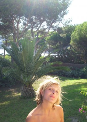Катрин вместе со своим парнем устраивают себе шикарный отпуск и в это время делают красивые снимки - фото 7