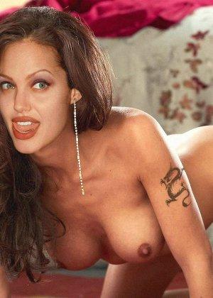 Горячая Анжелина Джоли еще та любительница серьезного траха, дает в жопу и принимает толчки спермы в лицо - фото 7