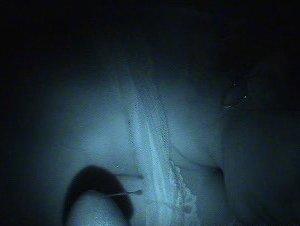 Супруга спит в кружевном белье, но мужику так охота под него заглянуть - фото 13