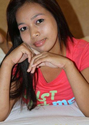 Молодая филиппинка показывает свое молодое тело, не стесняясь оголять даже самые откровенные зоны - фото 6