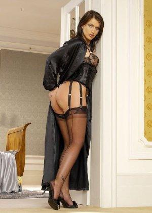 Специально для ценителей красивых женских попок собрана отличная галерея - фото 33- фото 33- фото 33