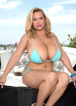 Лиза Биггс поразит любого своими огромными грудями и пышным телом – такое редко увидишь - фото 3