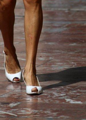 Зрелые женщины показывают, что они следят за модой и знают, как выглядеть эффектно всегда - фото 19