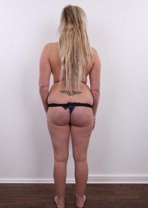Получить роль в порно эта блонда вряд ли сможет - фото 8