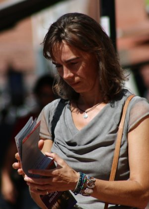 Зрелые женщины показывают, что они следят за модой и знают, как выглядеть эффектно всегда - фото 8