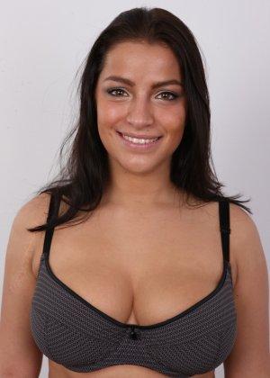 Девушка побрилась специально перед важным кастингом на роль в эротической картине - фото 9