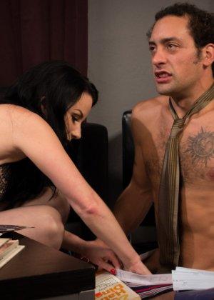 Верука Джеймс избивает и трахает в жопу своего мужа - фото 7