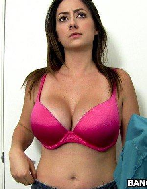 Тиффани Кросс поражает объемом своих больших натуральных грудей - фото 31- фото 31- фото 31
