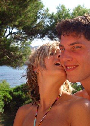 Катрин вместе со своим парнем устраивают себе шикарный отпуск и в это время делают красивые снимки - фото 2