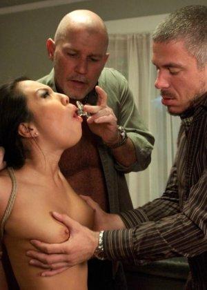 Аса Акира известна своей любовью к сексу – ее ебут, как хотят, а она только кайфует - фото 15
