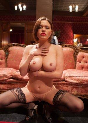 Оуен Грей имеет кучу девчонок для воплощения своих сексуальных желаний - фото 2