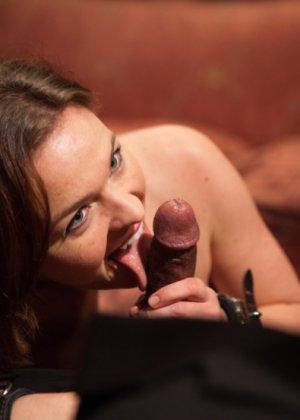 Оуен Грей имеет кучу девчонок для воплощения своих сексуальных желаний - фото 7