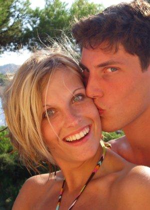 Катрин вместе со своим парнем устраивают себе шикарный отпуск и в это время делают красивые снимки - фото 1