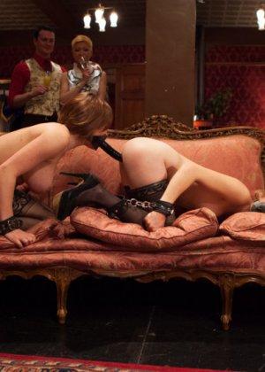 Оуен Грей имеет кучу девчонок для воплощения своих сексуальных желаний - фото 3