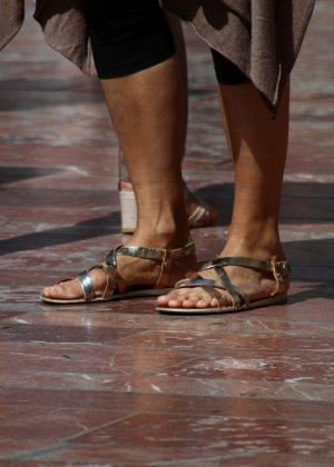 Зрелые женщины показывают, что они следят за модой и знают, как выглядеть эффектно всегда - фото 10