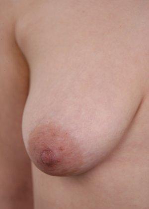 Сиськи добропорядочной женушки немного одрябли, но в целом она еще та штучка! - фото 12