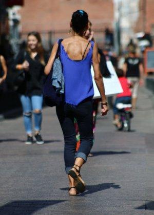 Зрелые женщины показывают, что они следят за модой и знают, как выглядеть эффектно всегда - фото 4