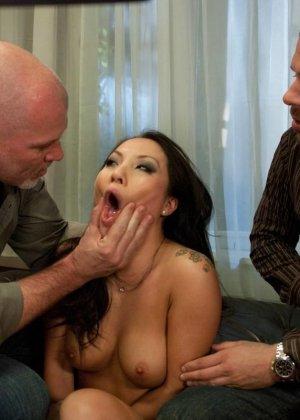 Аса Акира известна своей любовью к сексу – ее ебут, как хотят, а она только кайфует - фото 14