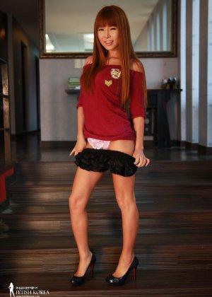 Кореянка обладает идеальным телом, поэтому она так возбуждающе выглядит без одежды - фото 21
