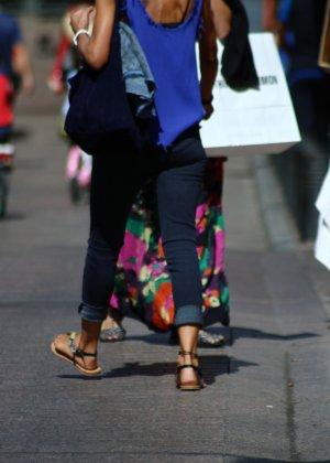 Зрелые женщины показывают, что они следят за модой и знают, как выглядеть эффектно всегда - фото 5