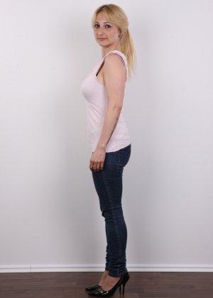 Классные реальные сиськи блонды впечатлили даже организаторов кастинга - фото 3