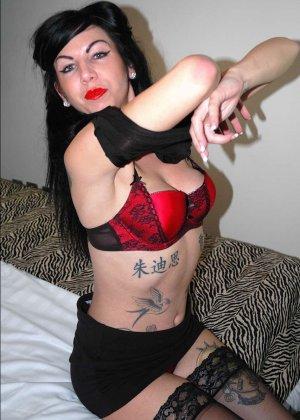 Джина Линн Джеймсон – раскованная брюнетка, которая с удовольствием показывает себя со всех сторон - фото 8