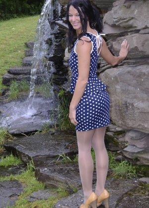 Девушка выдерживает множество испытаний, но так и не дожидается секса – она очень терпелива - фото 11