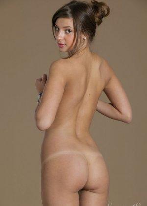 Мелена Тара – пластичная красотка с шикарной фигурой и обалденной кожей - фото 10