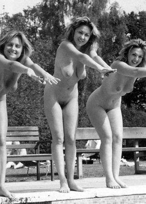 Фото сессии разных красивых девушек в ретро-стиле: повсюду красивые сиськи и сексуальные фигуры - фото 7
