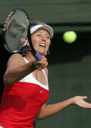 Эмоциональная русская теннисистка Maria Sharapova - фото 12