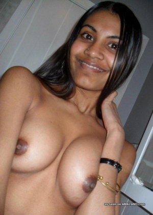 Дикие индийские красотки готовы на многое, лишь бы показать себя самыми красивыми и сексуальными - фото 1
