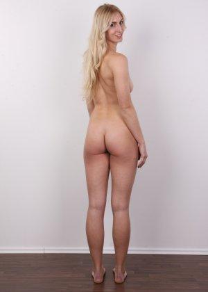 Стройная красотка с красивой грудью очень сильно хочет в порно - фото 15