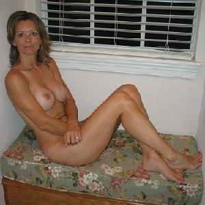 Девушки лесбиянки ласкают свои промежности и получают удовольствие - фото 19- фото 19- фото 19