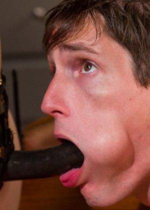 БДСМ – это часть жизни этой привлекательной самки Беллы Роуз с влажной промежностью - фото 12