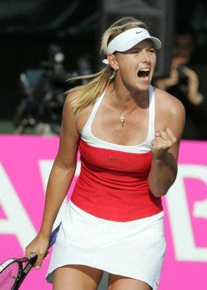 Эмоциональная русская теннисистка Maria Sharapova - фото 11