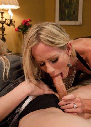 Озабоченная лесбиянка сделала себе член что бы жарить свою подружку - фото 6