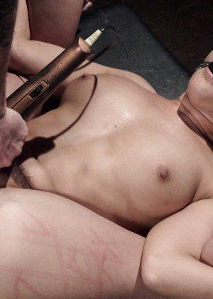 Девушка оказывается достаточно терпимой – она может принять на себя множество испытаний - фото 19