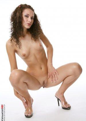 Энди - молоденькая сучка, которая так любит дразнить своим телом, у нее это хорошо получается - фото 15