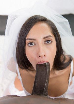 Сексапильная невеста ненадолго отлучилась с торжества, чтобы трахнуться с лучшим другом жениха, ведь у него офигенный хер - фото 5