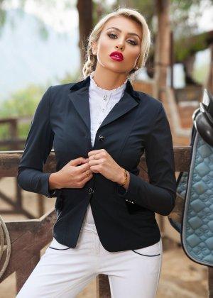Хлоя Тери - роскошная блондинка, телом которой можно наслаждаться бесконечно, ведь оно идеально - фото 2