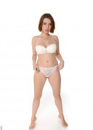 Марина Висконти захотела сняться в обнаженном виде, чтобы со стороны увидеть, как она сексуальна - фото 7