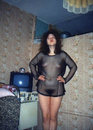 Ретро-снимки русских красавиц доказывают, что даже в далекие времена девушки были очень сексуальны - фото 10