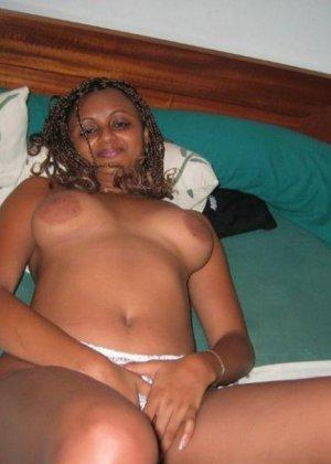 Индийские девушки и их интимные подборки горяченьких фото - фото 12