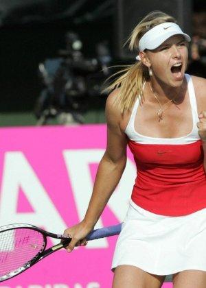 Эмоциональная русская теннисистка Maria Sharapova - фото 15