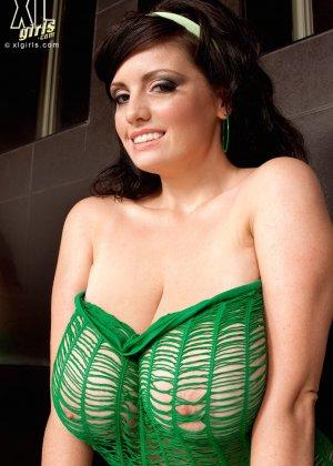 Арианна – горячая женщина с эффектной внешностью, она просто поражает своей сексуальностью - фото 5